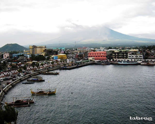 view from Embarcadero de Legazpi Lighthouse