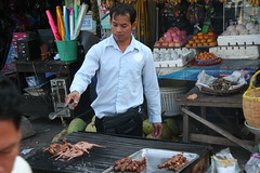 "Street Food <a style=""margin-left:10px; font-size:0.8em;"" href=""http://www.flickr.com/photos/46768627@N07/4765790275/"" target=""_blank"">@flickr</a>"