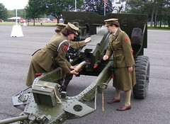ATS @ Pirbright (The Garrison) Tags: history living royal ww2 artillery reenactment garrison ats the