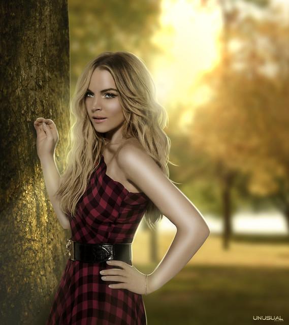 Lindsay Lohan - Tree
