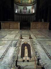 Santa Sabina Tomb