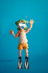 Scuba Yotsuba! (KayVee.INC) Tags: cute photoshop toy actionfigure japanese underwater manga scuba kawaii figure figurine collectable kaiyodo yotsuba danbo  revoltech  danboard lolphotoshop revoltechyotsuba msh0710 msh071018 isuckatphotoshopyay wannacompareskillsfeelbetterp