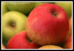 Apples (EASY GOER) Tags: red macro green 20d colors fruit composition canon dof apples framing tamron rubyphotographer