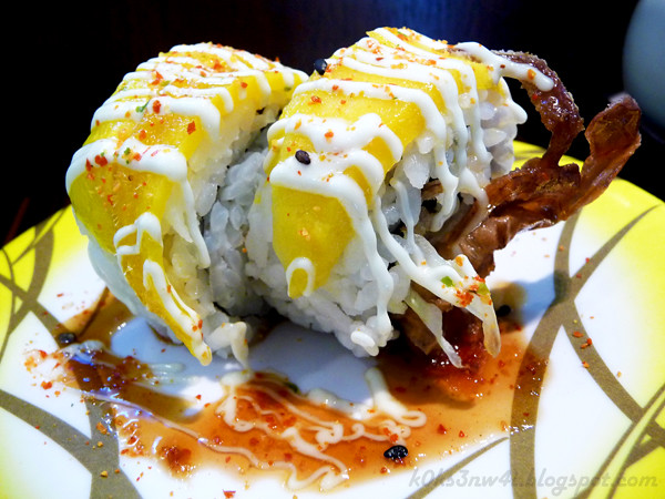 Soft Shell Crab Mango Maki