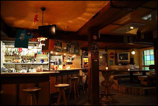 lauterbrunnen-pub