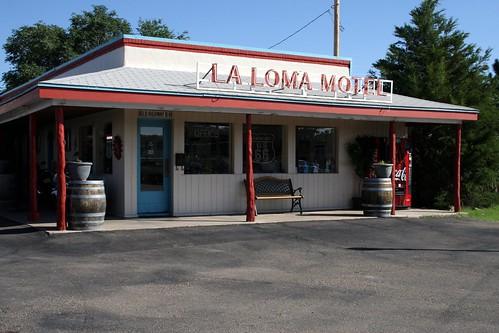 la loma motel lobby/office