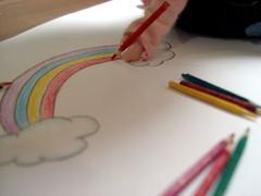 I like rainbows... (Bruna Lacrout ) Tags: color lana rainbow doll chuva arcoris blythe papel lpis cor cinza desenho poupe rbl urbancowgirl ucg takaratomy