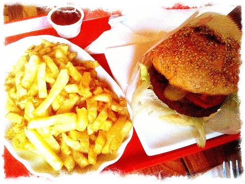 chili veggie burger