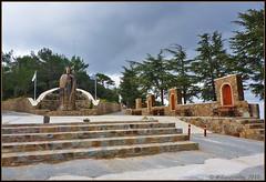 ' (-Filippos-) Tags: trees monument statue memorial iii president steps cyprus cedar third 3rd 2010 archbishop kykkos makarios  throni