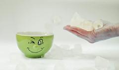 gélido (meetzoobeeshe) Tags: winter cold ceramica verde green ice cup face mouth nose drops eyes agua nikon hand fingers cara gotas ojos dedos mano invierno temperature polar boca frio hielo nariz artico temperatura carita celcius d90 congelado ºc friopolar gélido flickrestrellas meetzoobeeshe