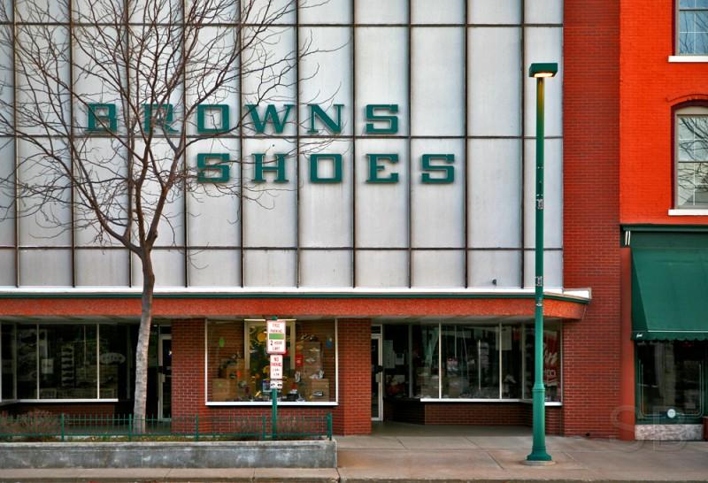 Brown Shoe Clinton Iowa
