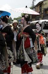 Hassaku 2010 (Harumei) Tags: kyoto maiko geiko hassaku mamehana mamesome mamemaru