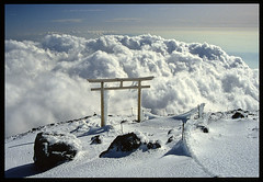 Gateway (Alpine Light & Structure) Tags: november winter mountain snow mountains japan fuji mtfuji  hyakumeizan captaininteresting mountainsnaps nihonhyakumeizan