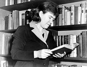 300px-Margaret_Mead_NYWTS