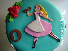 Cake Alice in Wonderland para Sofia! (Mily'sCupcakes) Tags: cake cupcakes sofia para alice wonderland milys