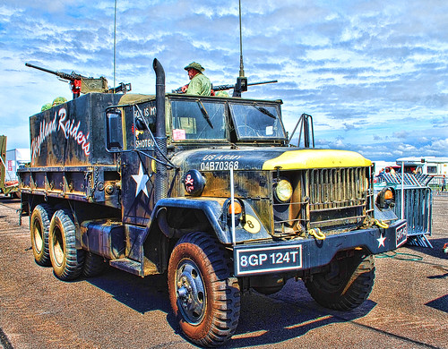 WOODVALE RALLY 2010 ~MILITARY VEHICLES : M35A2  VIETNAM GUN TRUCK.