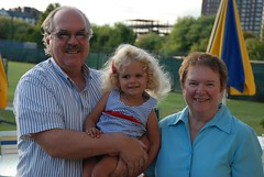 Violet And Her Grandparents (Joe Shlabotnik) Tags: violet nancy 2010 verne wstc august2010