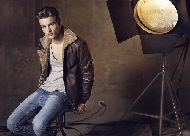 Simon Nessman0097_Blanco FW10(angel_inside@mh)