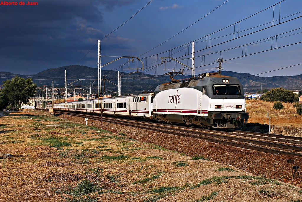 The world 39 s best photos of elipsos and trenes flickr for Elipsos trenhotel