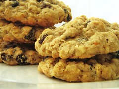 cook's illustrated oatmeal raisin cookie - 17