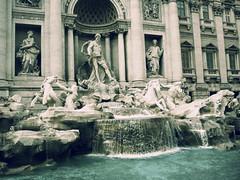 [フリー画像] 建築・建造物, 宮殿・城, トレヴィの泉, イタリア, ローマ, 201008200700