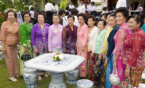 Baba ladies at the Hongyok house