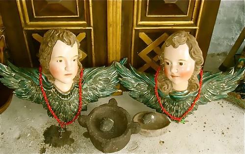 ecuador-antique-angels