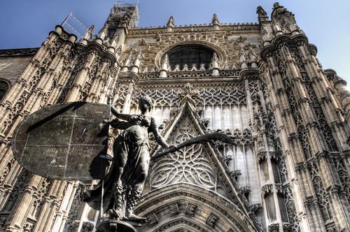 Seville cathedral entrance. Entrada a la catedral de Sevilla