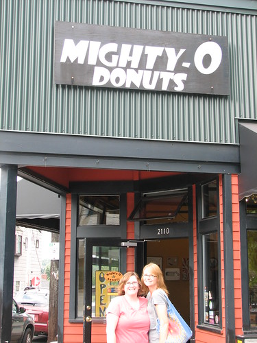 mighty-o donuts seattle