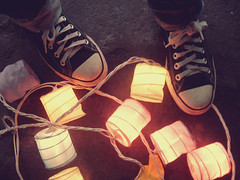 We shine. (isa valladares) Tags: colors lights luces shoes colours colores converse chucks allstars