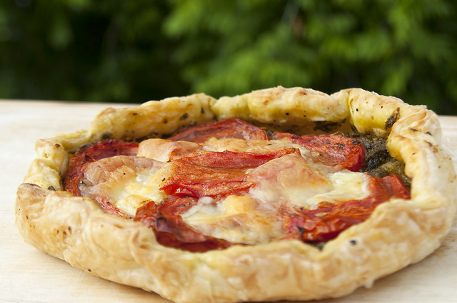 Tomato + Mozzarella + Pesto + Puff Pastry = Summer picnic?