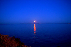 Moonset (n.pantazis) Tags: blue moon fullmoon bluehour moonset saronic saronicgulf pentaxkx vouliagmeni anawesomeshot