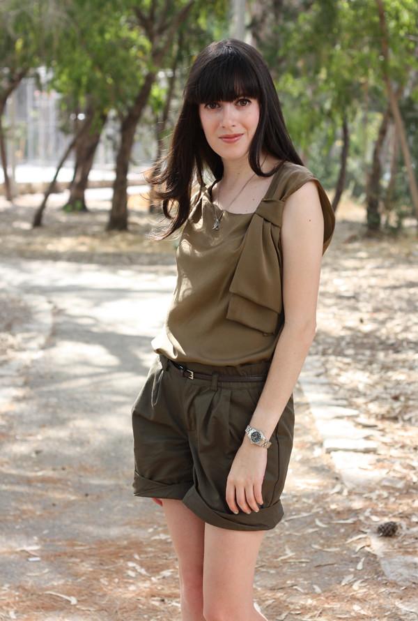 green_shorts5