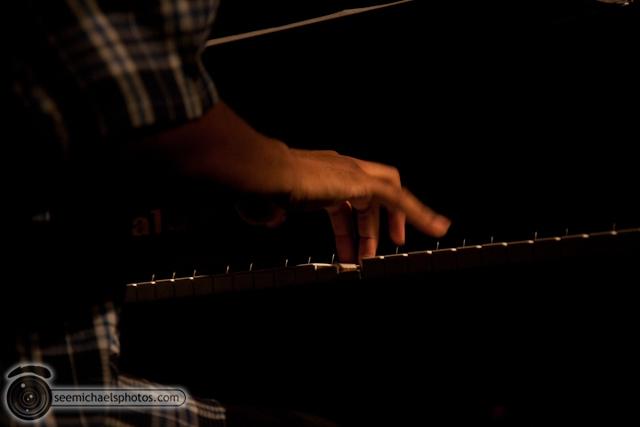 Joshua White Quartet at Dizzys 82610 © Michael Klayman-006