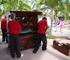 Pneumatic Organ (Hear and Their) Tags: hotel hand pneumatic cuba organ crank atlantico guardalavaca