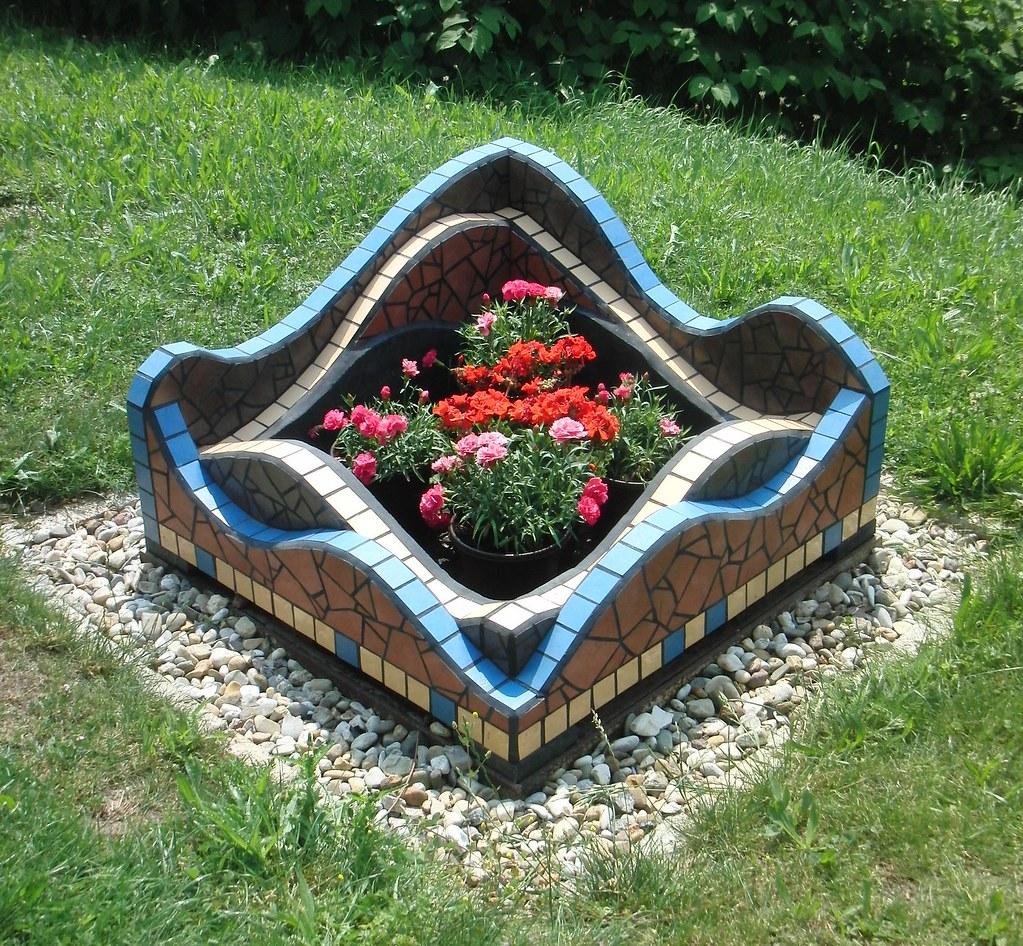 Mosaikkunst Feuerstelle 1 (Haag MosaikART) Tags: Fliesen Grill Mosaik  Feuerstelle