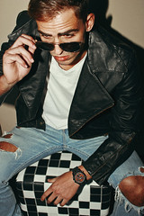 Felipe (TheJennire) Tags: photography fotografia foto photo canon camera camara colours colores cores light luz young tumblr indie teen people portrait eyes sunglasses badboy leatherjacket fashion malemodel man flashphotography model