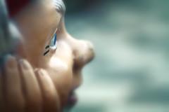 Relax. (Dikke Biggie.) Tags: macromondays macromonday mm hmm macro closeup detail themerelaxation relaxation relax ontspanning ontspan gnome elf goblin hobgoblin kobold gremlin kabouter tuinkabouter face gezicht sideface eye oog canon canoneos450d 100mm f28 canonnl dgawc