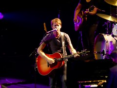 James Blunt - July 1st, 2017 Xcel Energy Center Opener for Ed Sheeran (erintheredmc) Tags: james blunt english pop rock folk singer songwriter concert panasonic lumix zs60 afterlove tour opener ed sheeran opening act music xcel energy center st saint paul mn minnesota twin cities fucking awesome fun fantastic time livemusic guitar stage