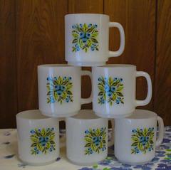 GlasBake Blueberry coffee mugs (nebspinner) Tags: cup glass milk mug trade glasbake milkglass