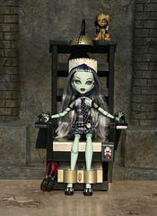 frankie058 (Lisa/Alex's doll) Tags: monster high dolls frankie frankenstein stein mattel watzit