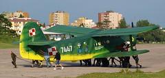 Team Effort (AdSR on Flickr) Tags: green yellow catchycolors gimp airshow krakw biplane an2 groundcrew antonov maopolskipikniklotniczy viimpl2010