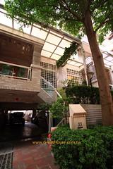 國泰市政尊園:戶戶獨立車庫