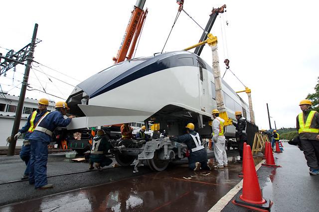 京成電鉄スカイライナー AE形 AE7-8,9搬入