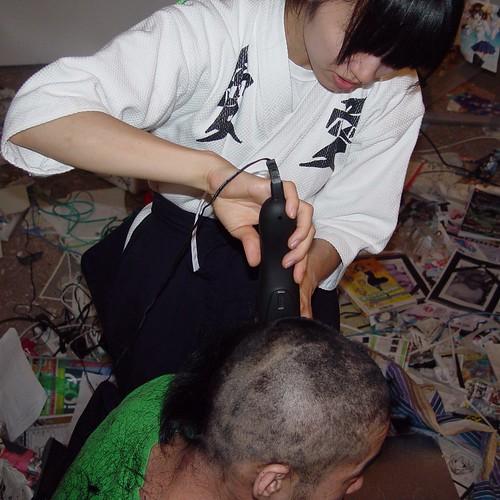 @esehara cut his long hair.