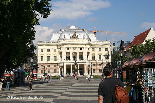 Teatro Nacional Eslovaco. © Paco Bellido, 2006