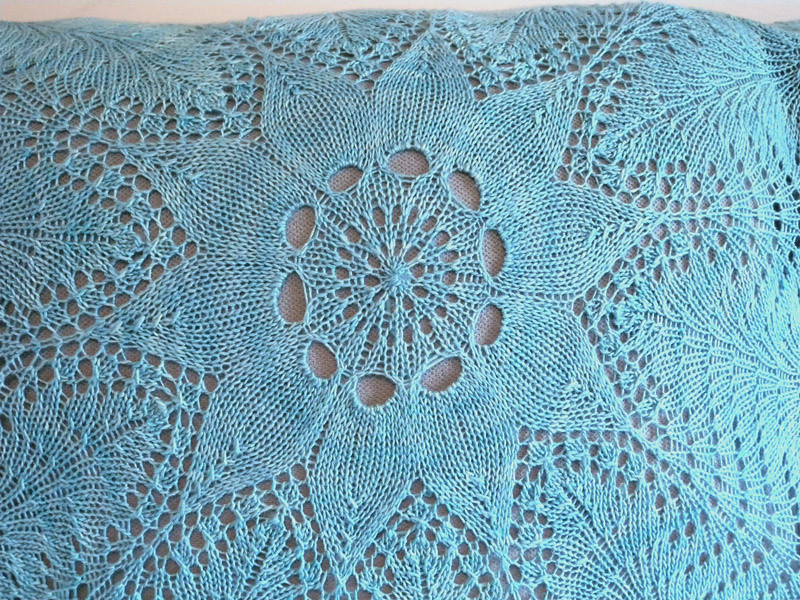 Lagoon Hemlock Ring Blanket - Closeup