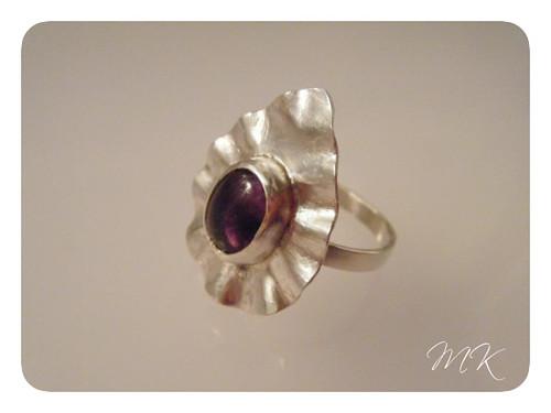 ruffle amethyst ring 1