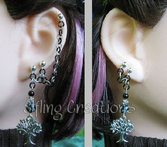 Pair of cartilage chain earrings- The White Tree