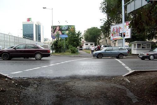 Исправленная ошибка пешеходного перехода на Достык - Жолдасбекова, Алматы